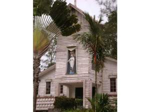 3989058-Immaculata_Church_Pulau_Galang
