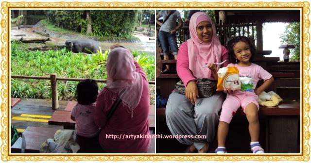 kinan dan mama in elephant show