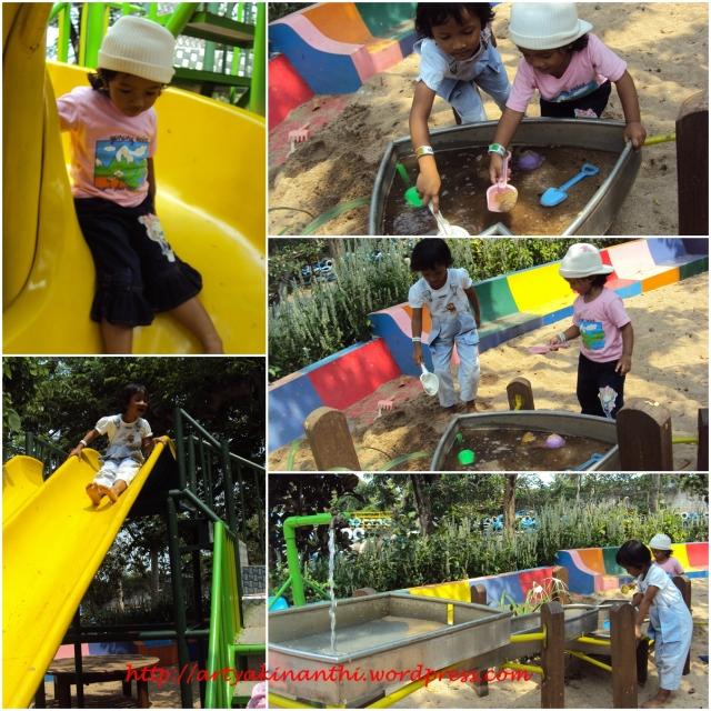 Bemain Pasir di Wahana Playground