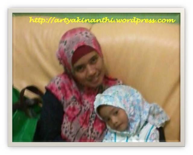 Narsis dulu sebelum berangkat ke Masjid...