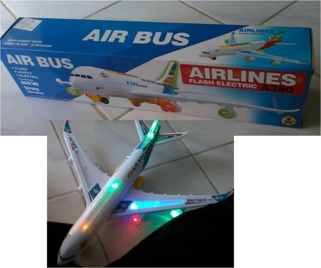 Pesawat Terbang Mainan Kinan