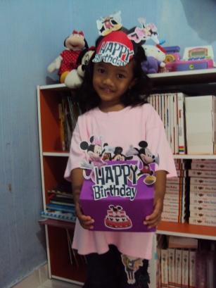 Happy Birthday Mickey Mini
