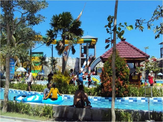 Gumul Paradise Island dari Camdig emak kinan