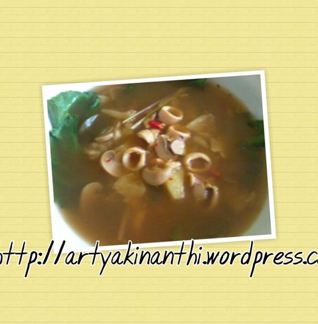 Hasil uprek dapur emak kinan...Tom Yam Seafood Ala emak kinan