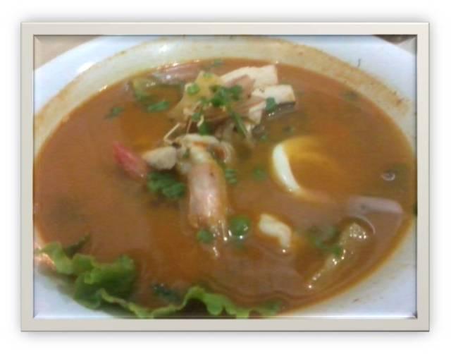 "Tom Yam Ruma Makan ""Serayu"" Tanjung Uban"